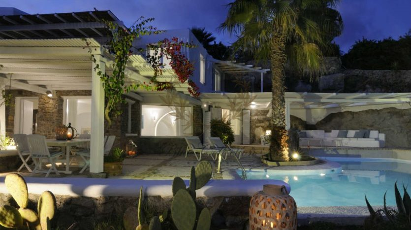 Private-Villa-for-Rent-in-Mykonos-–-Greece-Aleomandra-Private-Pool-Stunning-views-CODE-MAL-4-www.bluecollection.gr-30