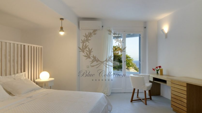 Private-Villa-for-Rent-in-Mykonos-–-Greece-Aleomandra-Private-Pool-Stunning-views-CODE-MAL-4-www.bluecollection.gr-11