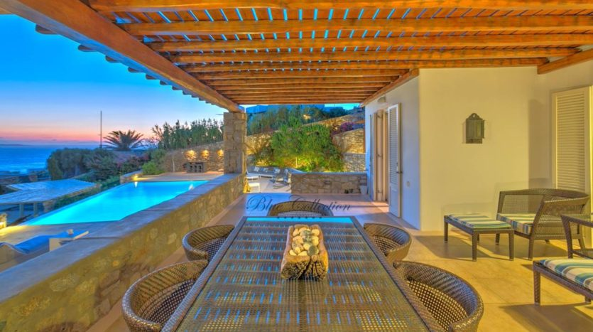 Bluecollection-Mykonos-Greece-Luxury-Villa-Rentals-www.bluecollection.gr-1-22-1