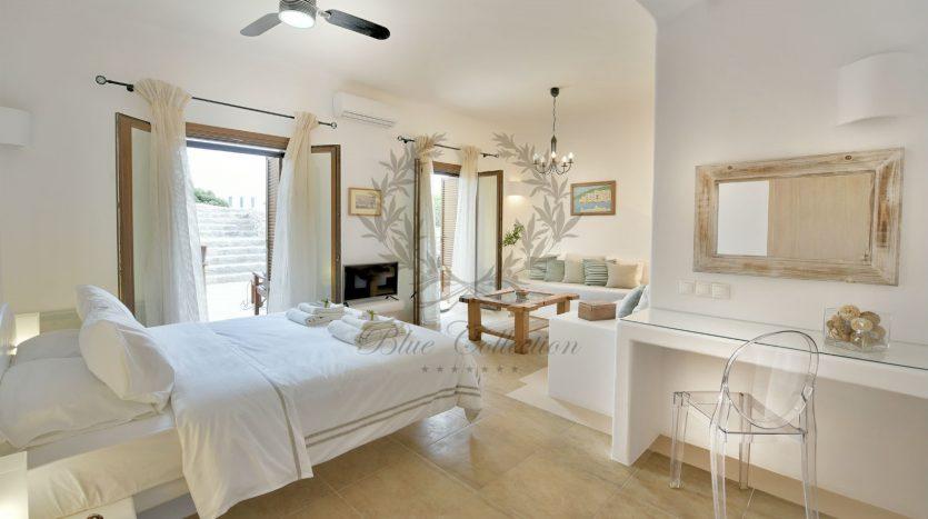 Bluecollection-Mykonos-Greece-Luxury-Villa-Rentals-www.bluecollection.gr-1-30-1