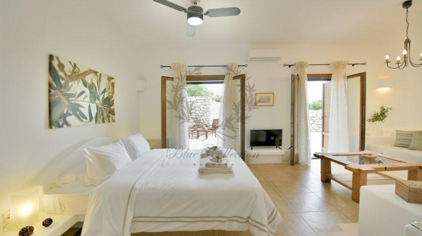 Bluecollection-Mykonos-Greece-Luxury-Villa-Rentals-www.bluecollection.gr-1-34