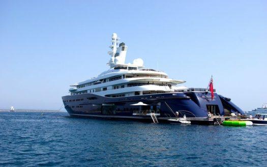 Blue-Collection-Athens-–-Mykonos-Selective-Real-Estate-Luxury-Villa-Rentals-Premium-Concierge-Close-Protection-Services-www.bluecollection.gr_