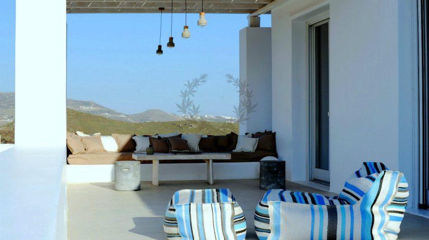 Blue-Collection-Athens-–-Mykonos-Selective-Real-Estate-Luxury-Villa-Rentals-Premium-Concierge-Close-Protection-Services-www.bluecollection.gr-6