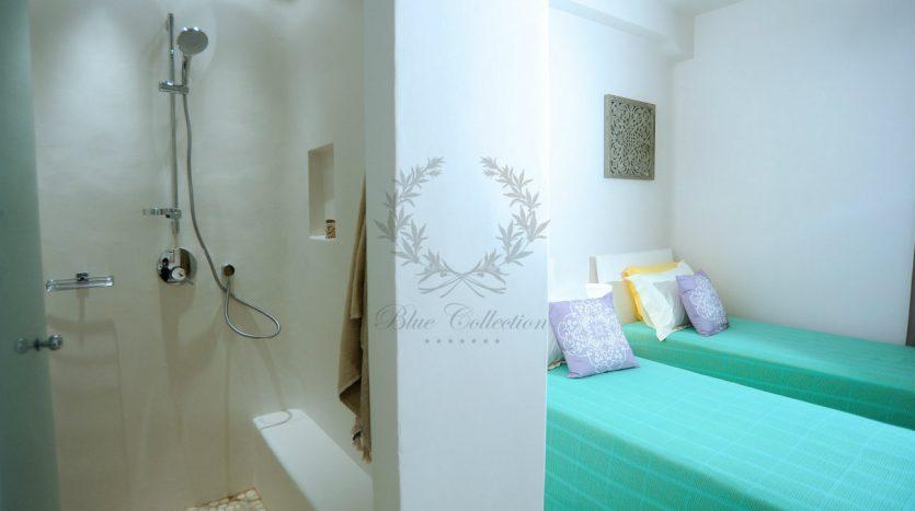 Blue-Collection-Athens-–-Mykonos-Selective-Real-Estate-Luxury-Villa-Rentals-Premium-Concierge-Close-Protection-Services-www.bluecollection.gr-13-