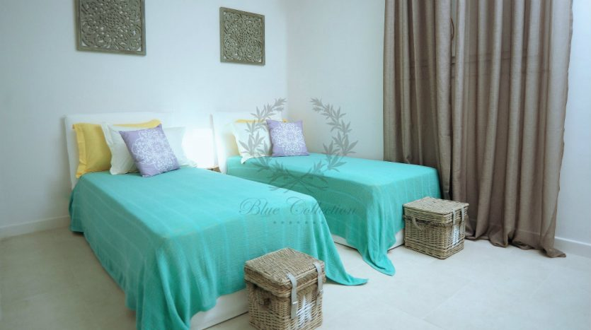 Blue-Collection-Athens-–-Mykonos-Selective-Real-Estate-Luxury-Villa-Rentals-Premium-Concierge-Close-Protection-Services-www.bluecollection.gr-14-