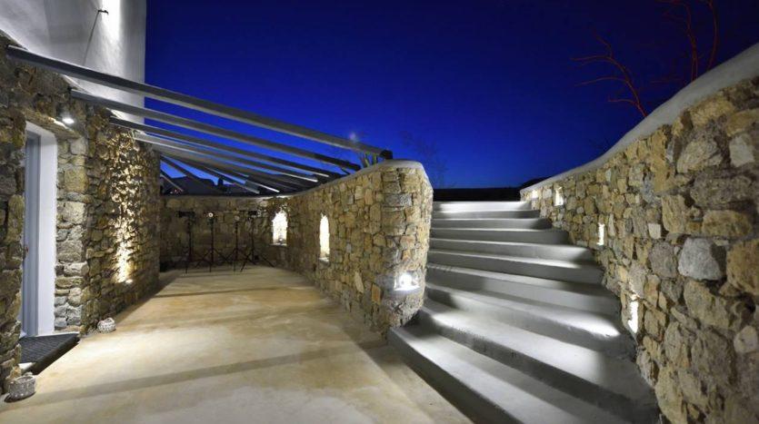 Blue-Collection-Mykonos-Greece-Luxury-Villa-Rentals-Premium-Concierge-Close-Protection-Services-2