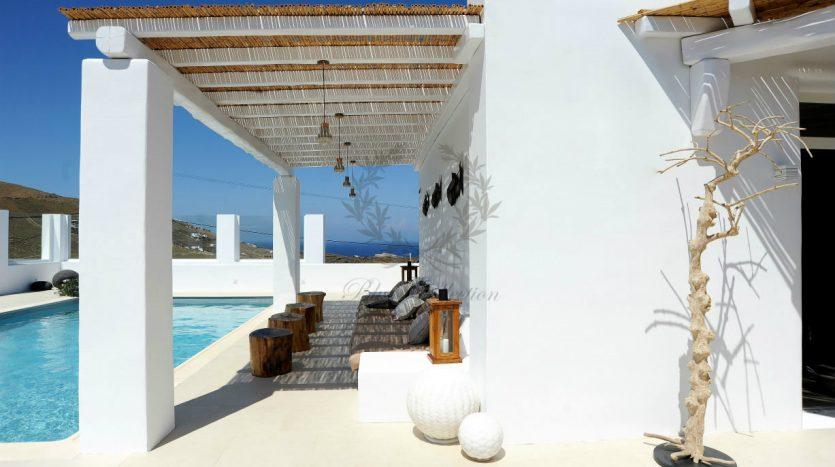 Blue-Collection-Athens-–-Mykonos-Selective-Real-Estate-Luxury-Villa-Rentals-Premium-Concierge-Close-Protection-Services-www.bluecollection.gr-20-