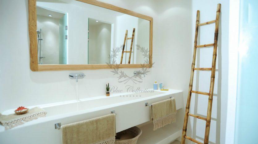 Blue-Collection-Athens-–-Mykonos-Selective-Real-Estate-Luxury-Villa-Rentals-Premium-Concierge-Close-Protection-Services-www.bluecollection.gr-12-