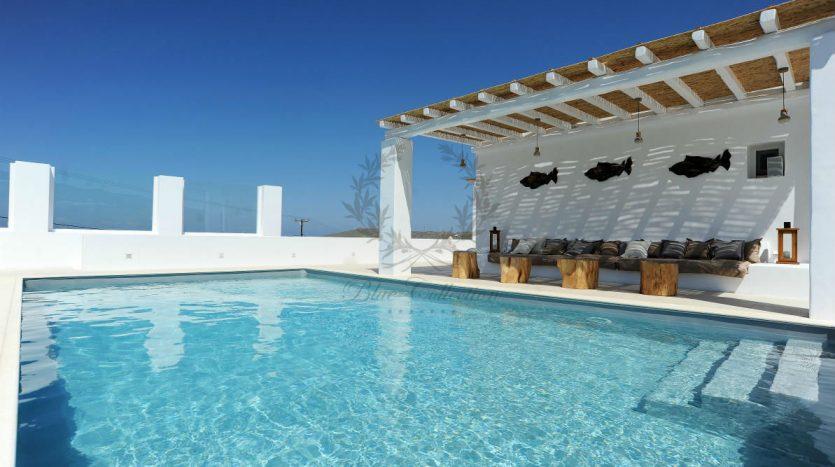 Blue-Collection-Athens-–-Mykonos-Selective-Real-Estate-Luxury-Villa-Rentals-Premium-Concierge-Close-Protection-Services-www.bluecollection.gr-17-
