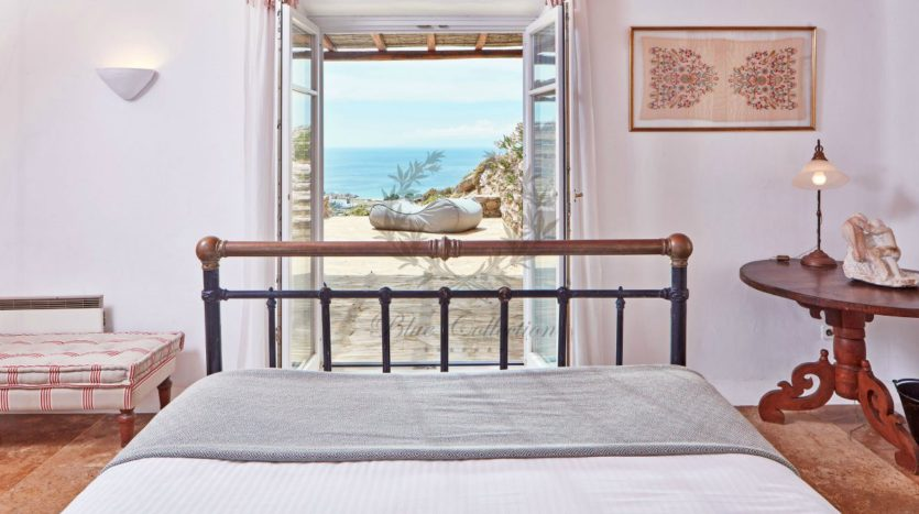 Mykonos, Agrari – Absolute Private Villa with Infinity Pool & Stunning view for rent 1 (25)