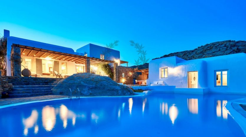 Mykonos, Agrari – Absolute Private Villa with Infinity Pool & Stunning view for rent 1 (32)