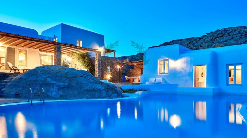 Mykonos, Agrari – Absolute Private Villa with Infinity Pool & Stunning view for rent 1 (33)