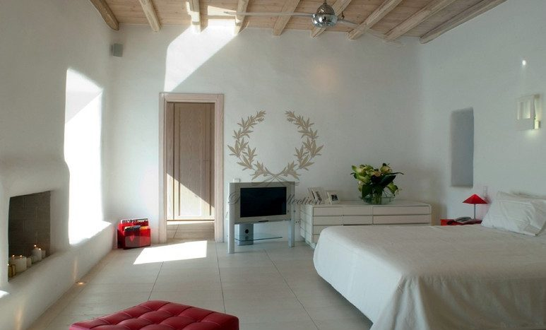 Mykonos Aleomandra Royal Private Villa in Mykonos with infinity pool for rent p11