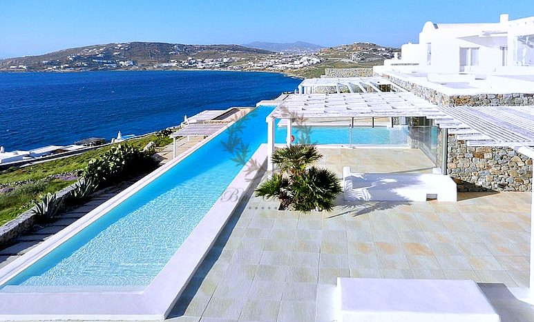 Mykonos Aleomandra Royal Private Villa in Mykonos with infinity pool for rent p19