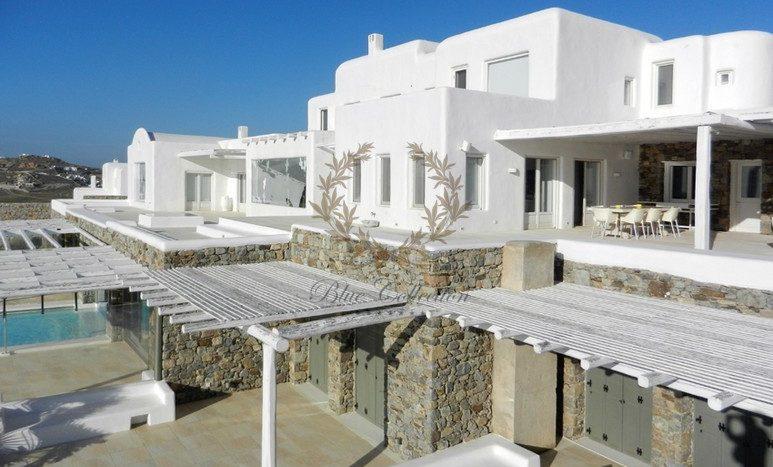 Mykonos Aleomandra Royal Private Villa in Mykonos with infinity pool for rent p3