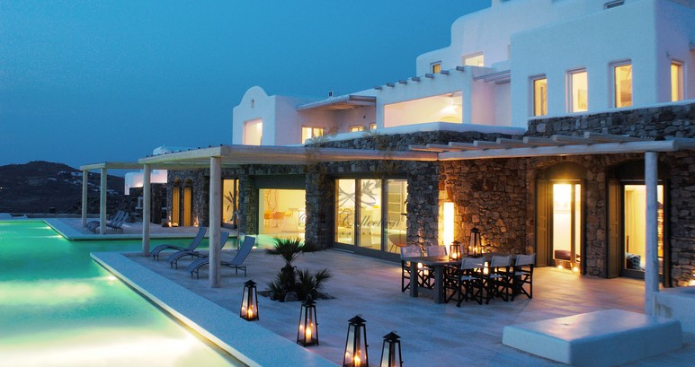 Mykonos Aleomandra Royal Private Villa in Mykonos with infinity pool for rent p7