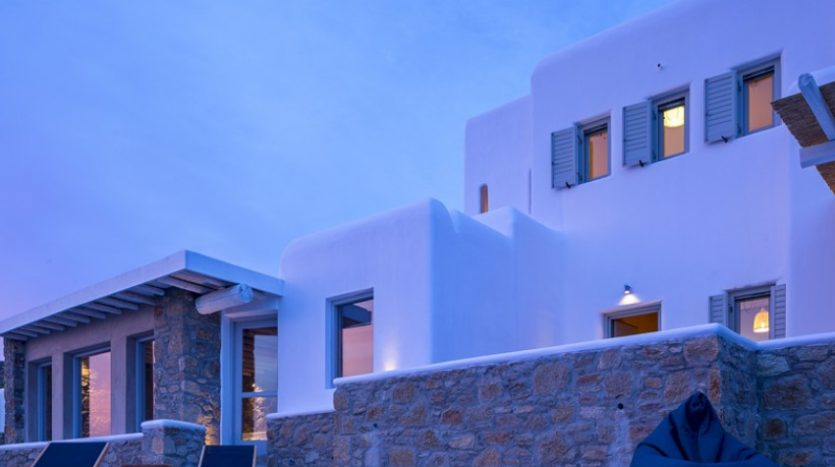 Mykonos Choulakia – Senior Villa with Private Pool & Stunning views for rent P1 (2)