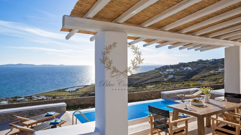 Mykonos Choulakia – Senior Villa with Private Pool & Stunning views for rent P17