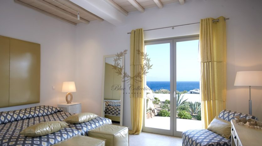 Mykonos – Paraga – Two Presidential Villas with Private infinity Pools & Stunning views for Rent p1 (17)