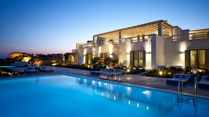 Mykonos – Paraga – Two Presidential Villas with Private infinity Pools & Stunning views for Rent p1 (50)