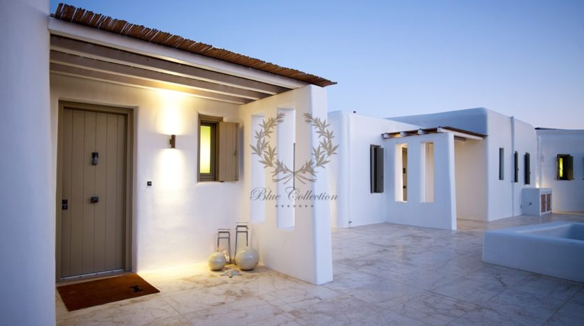 Mykonos – Paraga – Two Presidential Villas with Private infinity Pools & Stunning views for Rent p1 (61)