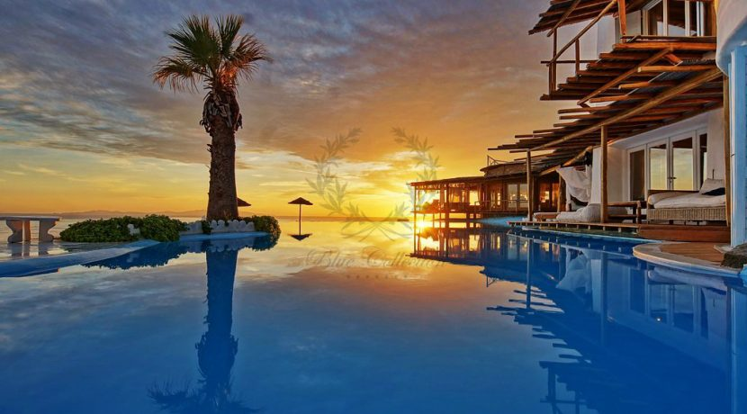 Mykonos-Royal Villa-Private Infinity Pool-Breathtaking view-for rent (8)