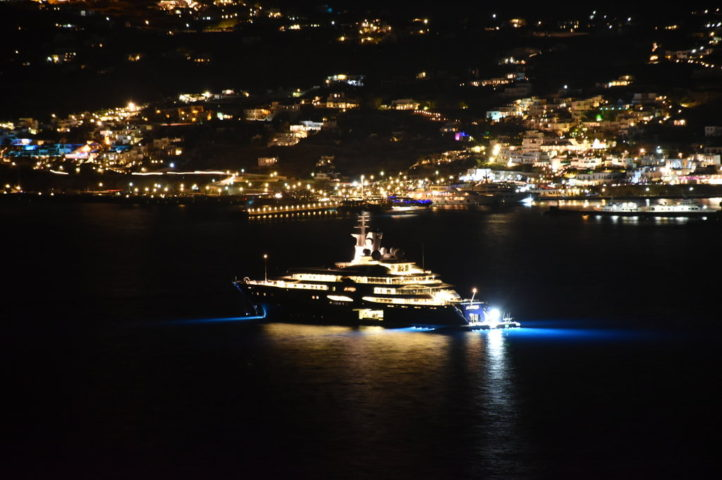 blue_collection_mykonos_yacht_charter_2