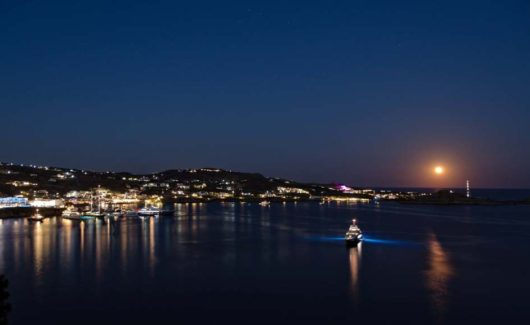Blue_Collection_Mykonos_Luxury_Villa_Rentals_Yachts_Security_Services_ (10)