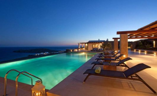 Blue_Collection_Mykonos_Luxury_Villa_Rentals_Yachts_Security_Services_