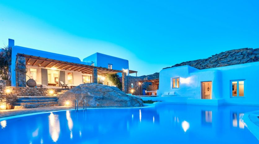 BlueCollection_Mykonos_Greece_Villas_for_Sale_SDLV (40)