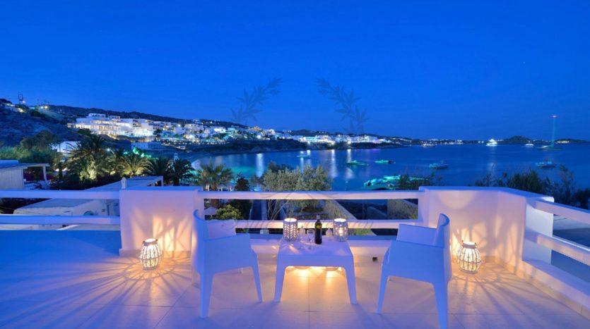 Mykonos_Psarou_Beach_Luxury_Villa_for_Rent_KNS (16)