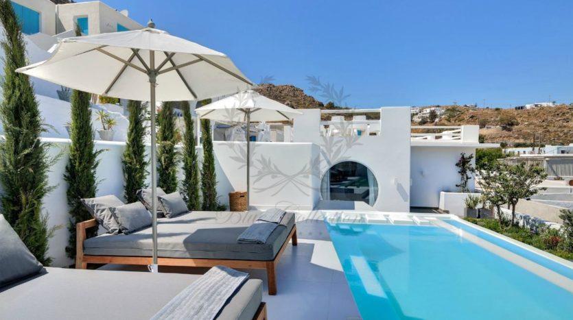 Mykonos_Psarou_Beach_Luxury_Villa_for_Rent_KNS (2)