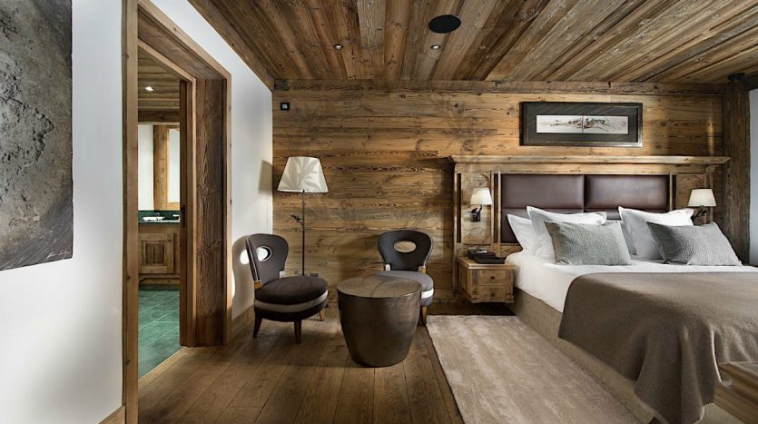 Luxury_Ski_Chalet_to_Rent_Courchevel_1850_FCR1 (10)