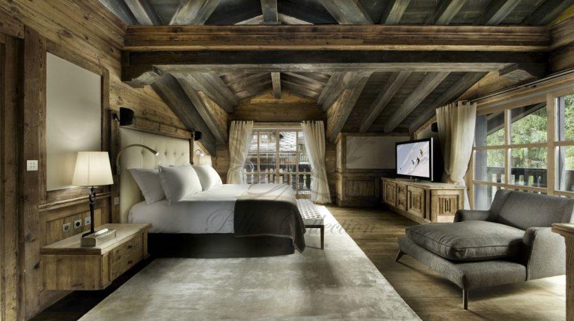 Luxury_Ski_Chalet_to_Rent_Courchevel_1850_FCR1 (14)