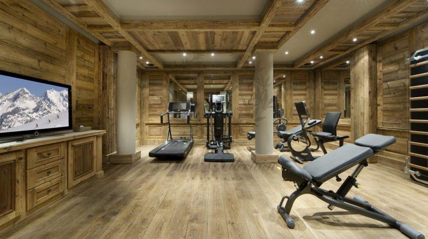 Luxury_Ski_Chalet_to_Rent_Courchevel_1850_FCR1 (26)