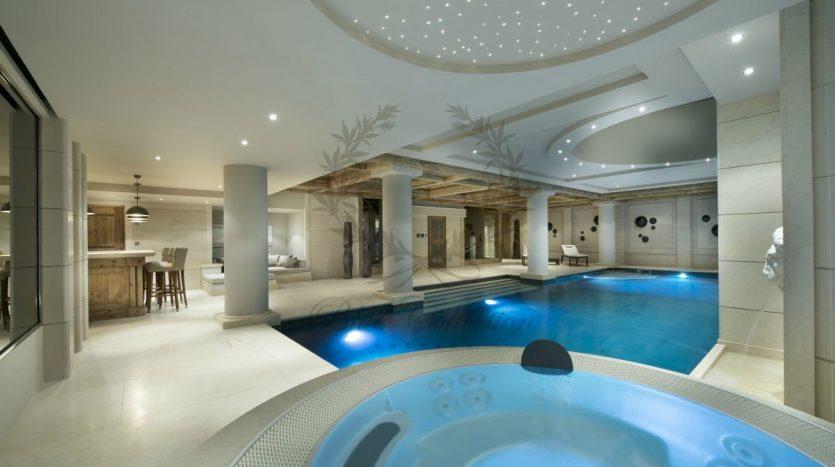 Luxury_Ski_Chalet_to_Rent_Courchevel_1850_FCR1 (27)