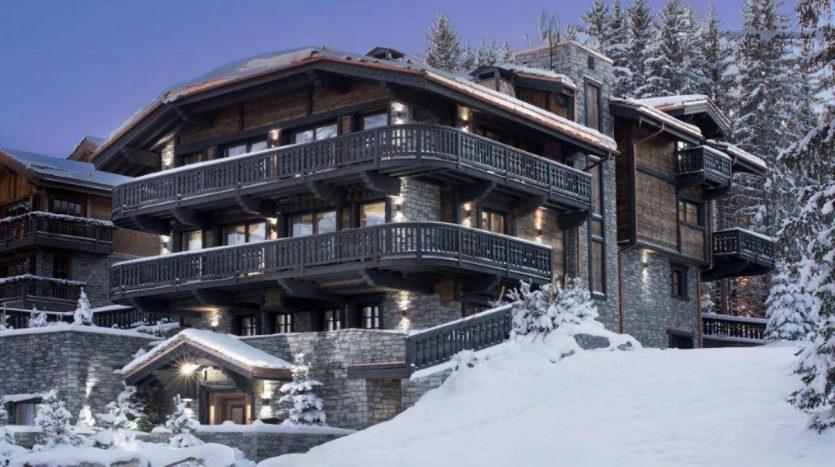 Luxury_Ski_Chalet_to_Rent_Courchevel_1850_FCR1 (38)