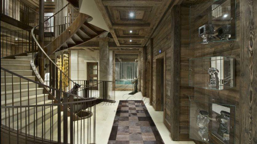 Luxury_Ski_Chalet_to_Rent_Courchevel_1850_FCR1 (44)