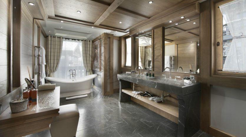 Luxury_Ski_Chalet_to_Rent_Courchevel_1850_FCR1 (5)