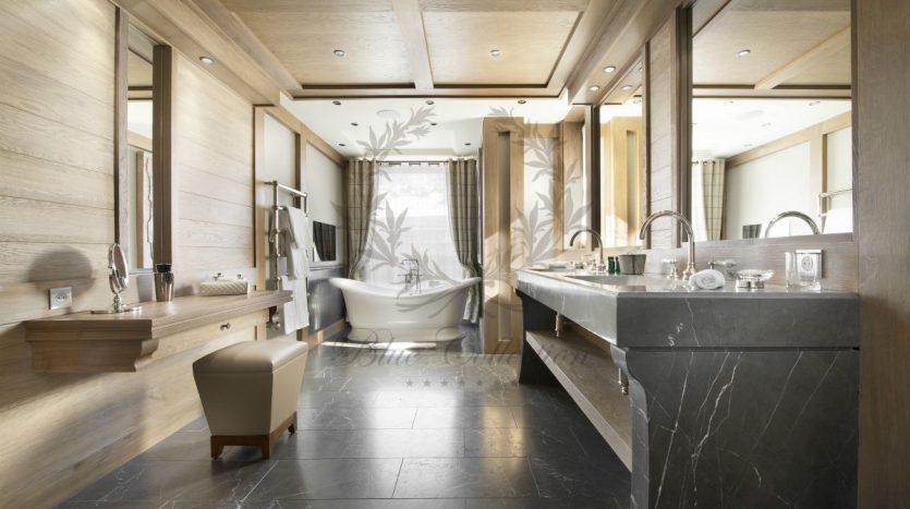 Luxury_Ski_Chalet_to_Rent_Courchevel_1850_FCR1 (6)
