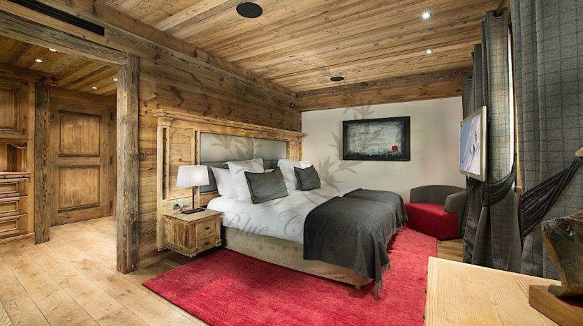 Luxury_Ski_Chalet_to_Rent_Courchevel_1850_FCR1 (9)