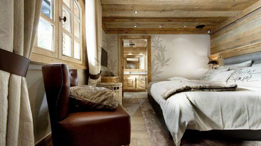 Luxury_Ski_Chalet_to_Rent_Courchevel_1850_FCR2 (11)