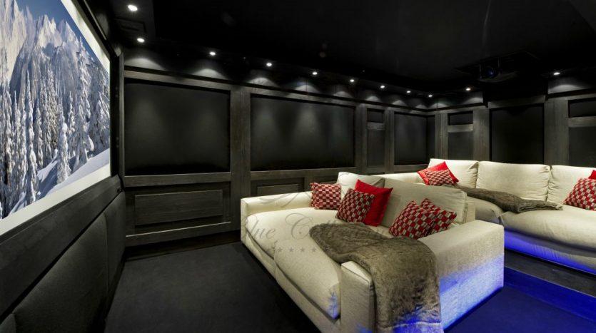 Luxury_Ski_Chalet_to_Rent_Courchevel_1850_FCR2 (14)