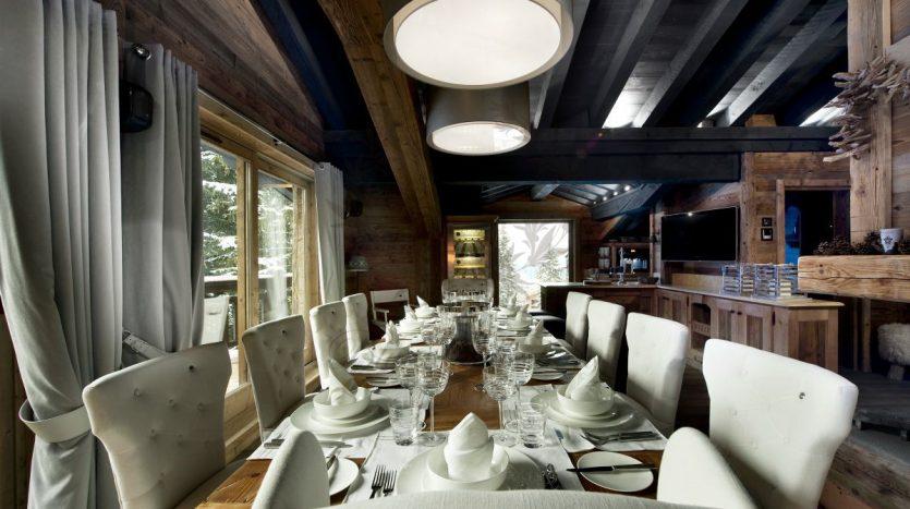 Luxury_Ski_Chalet_to_Rent_Courchevel_1850_FCR2 (15)