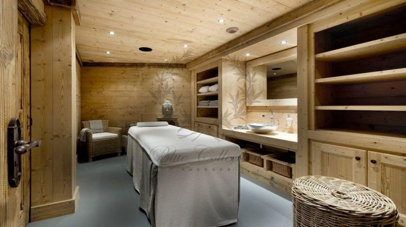 Luxury_Ski_Chalet_to_Rent_Courchevel_1850_FCR2 (24)