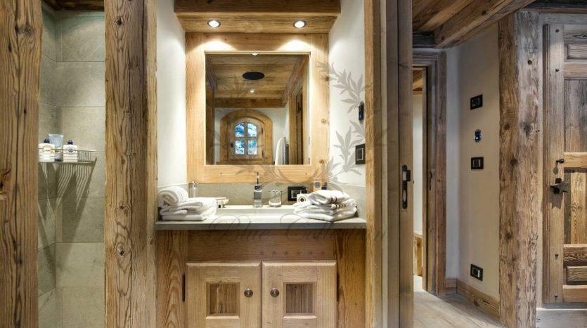 Luxury_Ski_Chalet_to_Rent_Courchevel_1850_FCR2