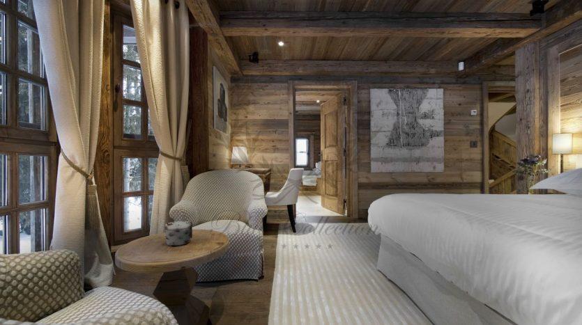 Luxury_Ski_Chalet_to_Rent_Courchevel_1850_FCR3 (1)