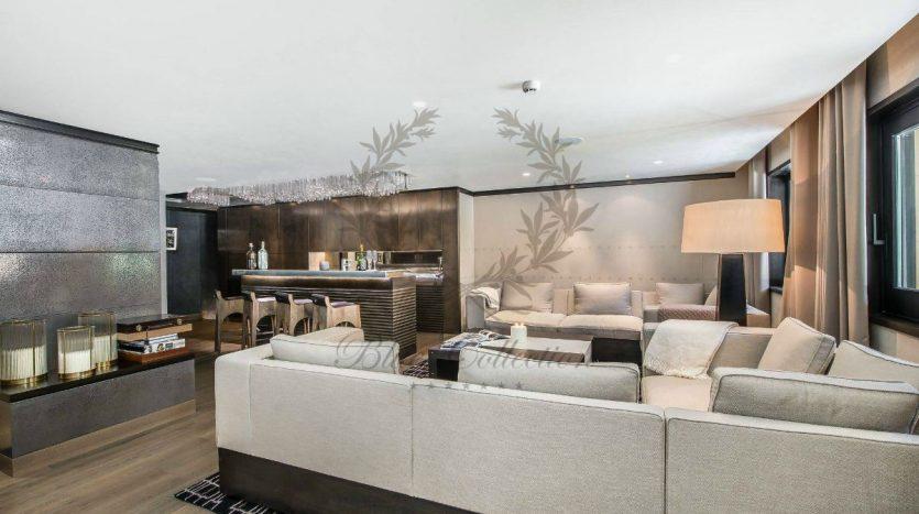 Luxury_Ski_Chalet_to_Rent_Courchevel_1850_FCR5 (19)