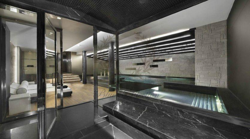 Luxury_Ski_Chalet_to_Rent_Courchevel_1850_FCR5 (23)