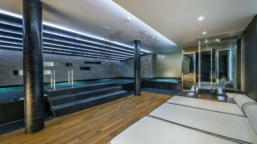 Luxury_Ski_Chalet_to_Rent_Courchevel_1850_FCR5 (24)